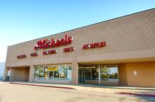 Everett Mall Plaza-Michaels